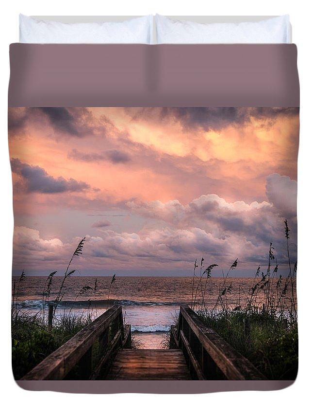 Beaches Duvet Cover featuring the photograph Carolina Dreams by Karen Wiles