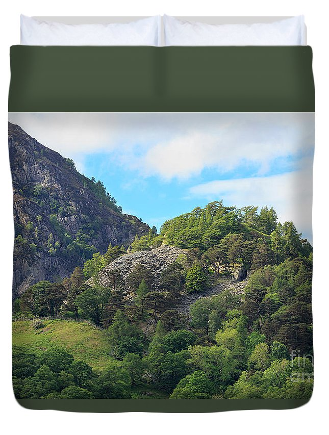 Castle Crag Duvet Cover featuring the photograph Castle Crag In Borrowdale by Louise Heusinkveld