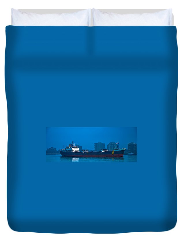 Catherine Desgagnes Duvet Cover featuring the photograph Catherine Desgagnes Downbound At Port Huron by Gales Of November
