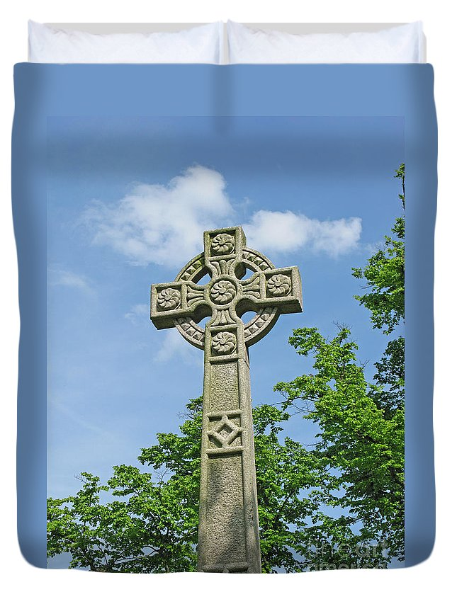 Cross Duvet Cover featuring the photograph Celtic Cross by Ann Horn