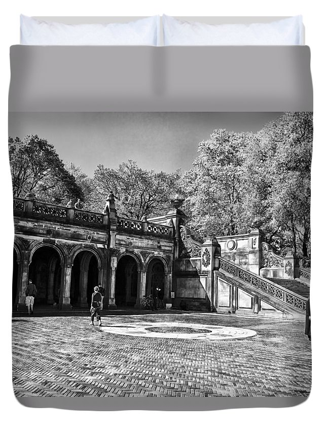 Central Park Duvet Cover featuring the photograph Central Park - Near Bethesda Fountain by Madeline Ellis