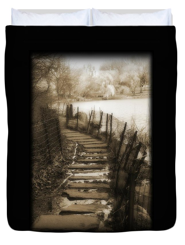 Walk Way Duvet Cover featuring the photograph Central Park Path by Jes Fritze