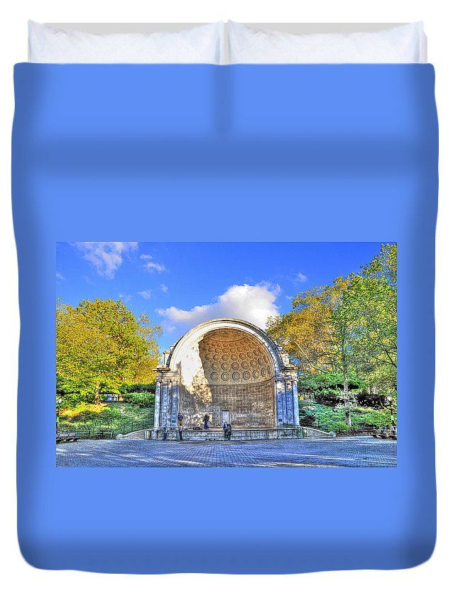 Central Park Duvet Cover featuring the photograph Central Park's Naumburg Bandshell by Randy Aveille