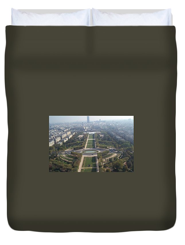 champ De Mars Duvet Cover featuring the photograph Champ De Mars by Barbara McDevitt
