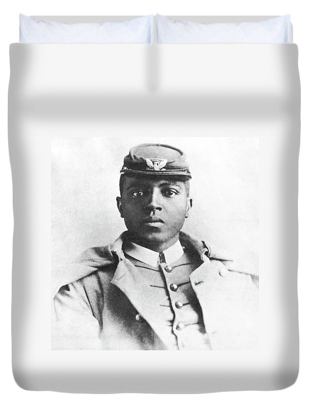 1880 Duvet Cover featuring the photograph Charles Young (1864-1922) by Granger
