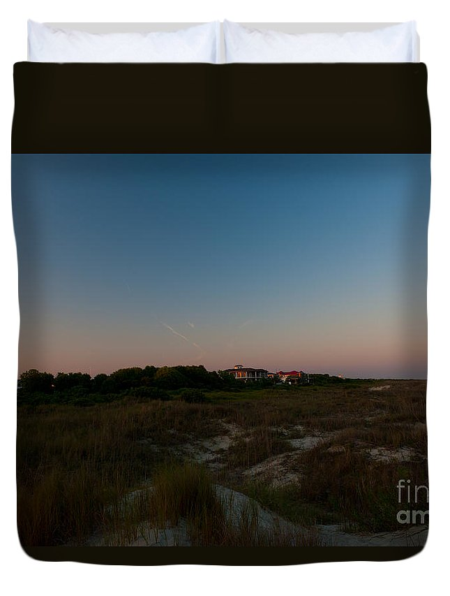 Sullivan's Island Lighthouse Duvet Cover featuring the photograph Charleston Lighthouse by Dale Powell