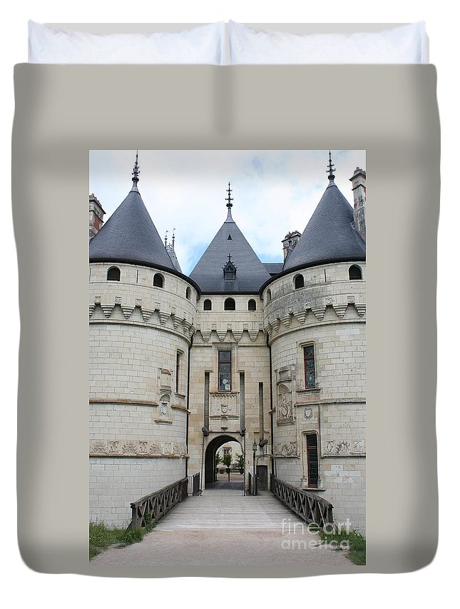 Palace Duvet Cover featuring the photograph Chateau De Chaumont - France by Christiane Schulze Art And Photography