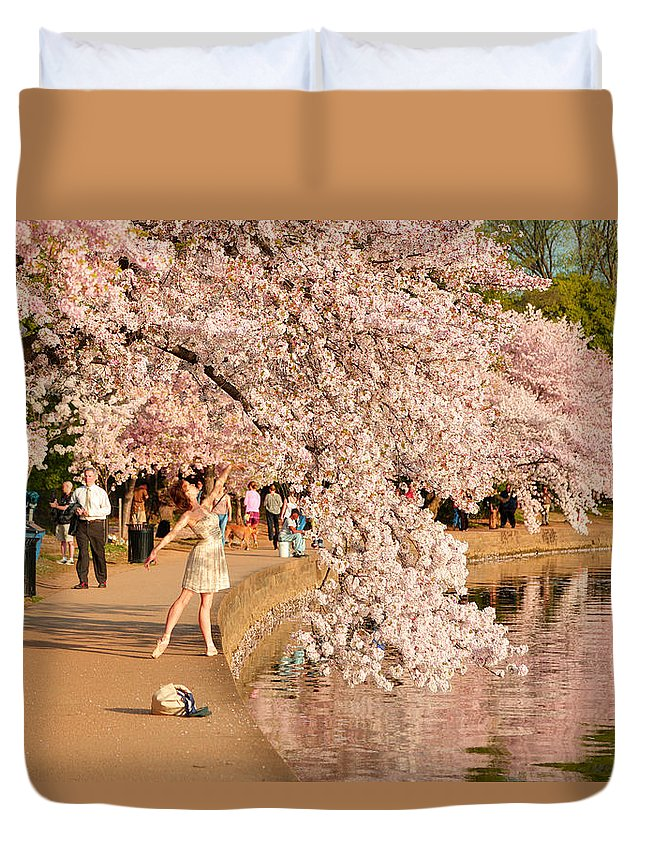Architectural Duvet Cover featuring the photograph Cherry Blossoms 2013 - 076 by Metro DC Photography