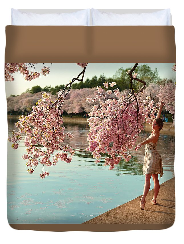 Architectural Duvet Cover featuring the photograph Cherry Blossoms 2013 - 085 by Metro DC Photography