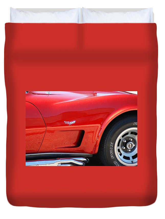 Classic Cars Duvet Cover featuring the photograph Chevy Corvette by Optical Playground By MP Ray