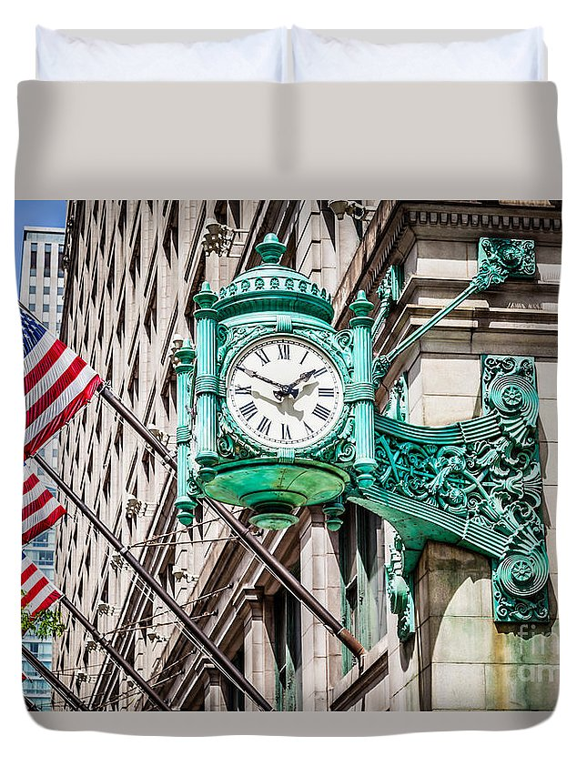 America Duvet Cover featuring the photograph Chicago Clock On Macy's Marshall Field's Building by Paul Velgos
