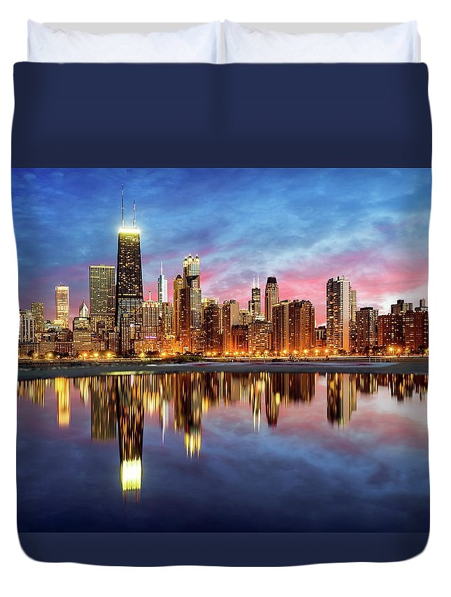 Tranquility Duvet Cover featuring the photograph Chicago by Joe Daniel Price