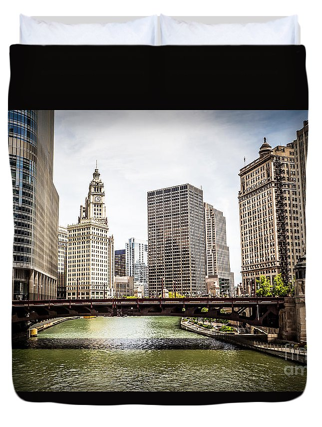 America Duvet Cover featuring the photograph Chicago River Skyline At Wabash Avenue Bridge by Paul Velgos
