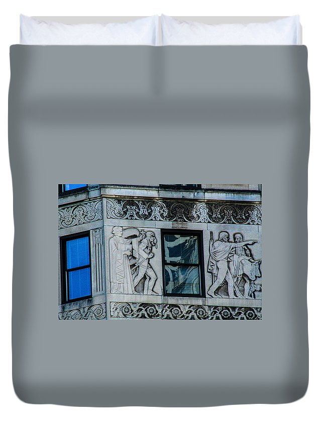 Chicago Duvet Cover featuring the photograph Chicago Stonework by Toma Caul