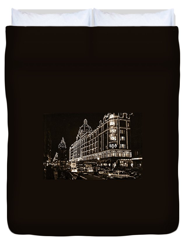 Harrods Duvet Cover featuring the photograph Christmas At Harrods Department Store - London by Daniel Hagerman