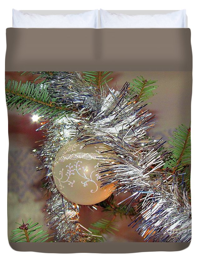 Christmas Tree Duvet Cover featuring the photograph Christmas Bling by Elizabeth Dow