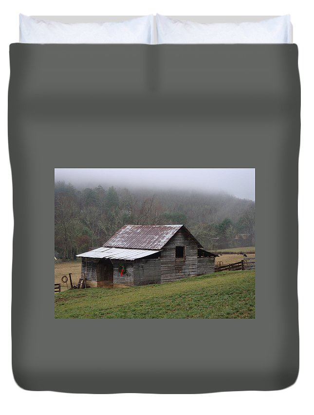 Barn Duvet Cover featuring the photograph Christmas in the Mountains by Jean Blackmer