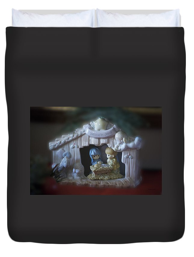 Jesus Duvet Cover featuring the photograph Christmas Nativity Scene by Thomas Woolworth