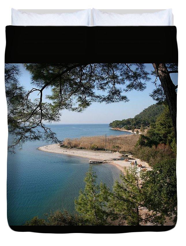 Cinar Beach Duvet Cover featuring the photograph Cinar Beach by Tracey Harrington-Simpson