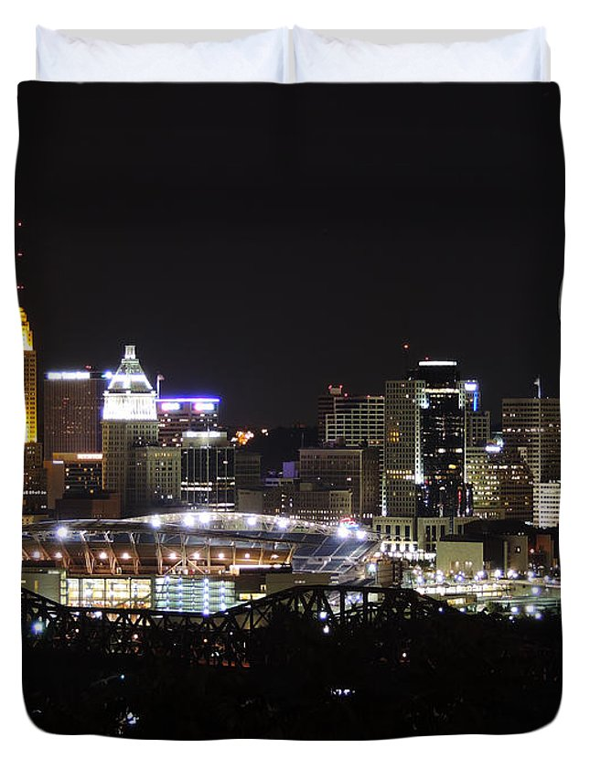 City Duvet Cover featuring the photograph Cincinnati With The Moon 2 by Cityscape Photography