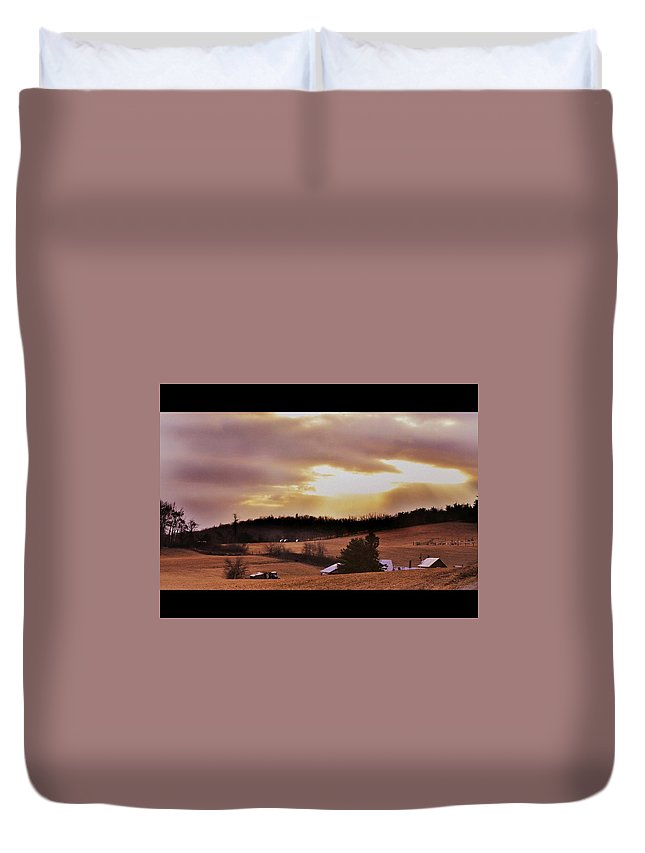 Sun Beam Duvet Cover featuring the photograph Cinema Sunset by Eric Liller