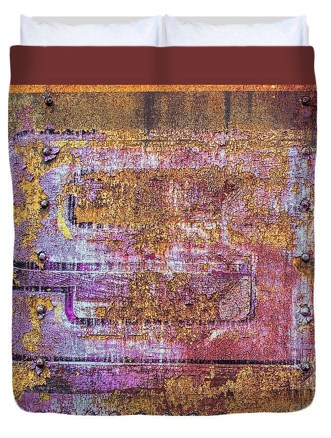 Weathered Duvet Cover featuring the photograph Circus Car S by Kent Taylor
