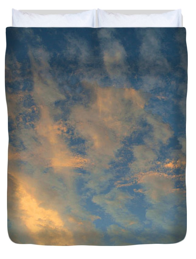 Cirrocumulus Morning Duvet Cover featuring the photograph Cirrocumulus Morning by Ellen Henneke