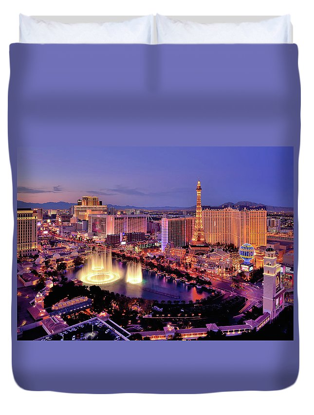 Built Structure Duvet Cover featuring the photograph City Skyline At Night With Bellagio by Rebeccaang