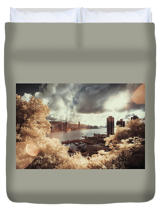 Treetop Duvet Cover featuring the photograph Cityscape In Dream by D3sign