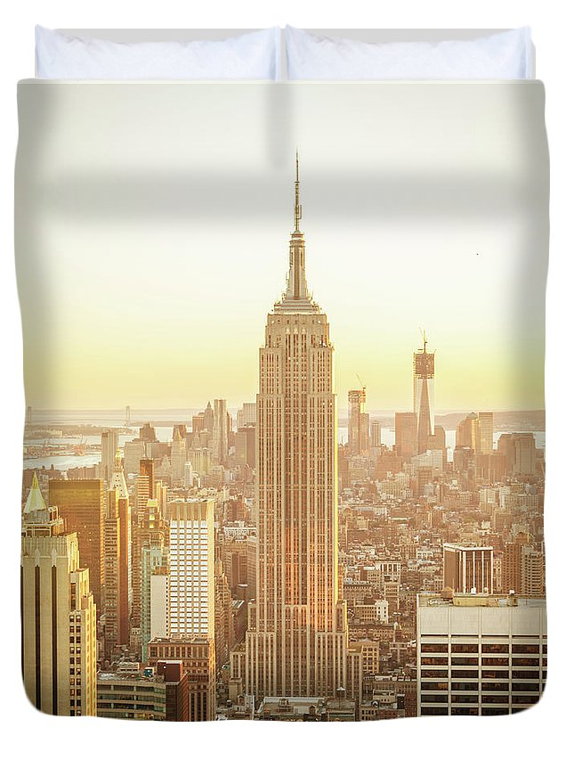 Scenics Duvet Cover featuring the photograph Cityscape Manhattan Sunset New York by Mlenny