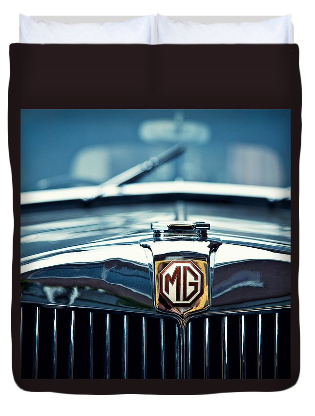 Mg Wa Duvet Cover featuring the photograph Classic Marque by Dave Bowman
