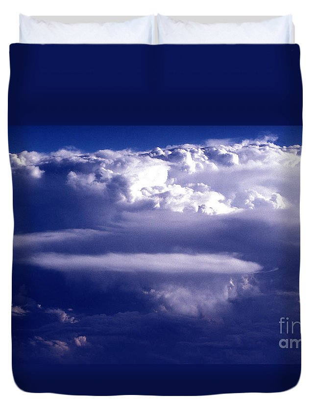 Horizontal Duvet Cover featuring the photograph Cloud Study - 56 by Paul W Faust - Impressions of Light