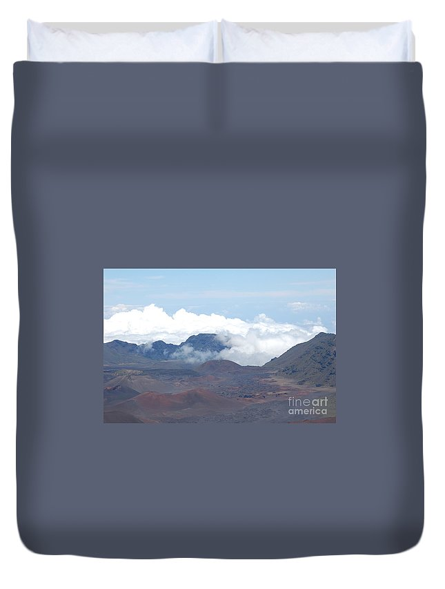 Haleakala Duvet Cover featuring the photograph Clouds At Haleakala by Mark Thompson