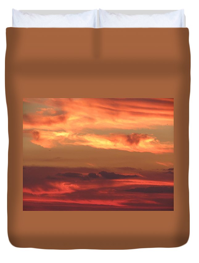 Sunsets Duvet Cover featuring the photograph Clouds Of Figure by Fortunate Findings Shirley Dickerson