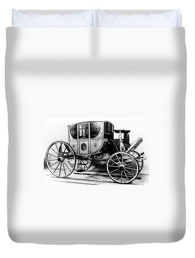 1770 Duvet Cover featuring the photograph Coach, 1770 by Granger