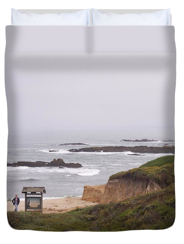 Coast Duvet Cover featuring the photograph Coastal Scene 7 by Pharris Art