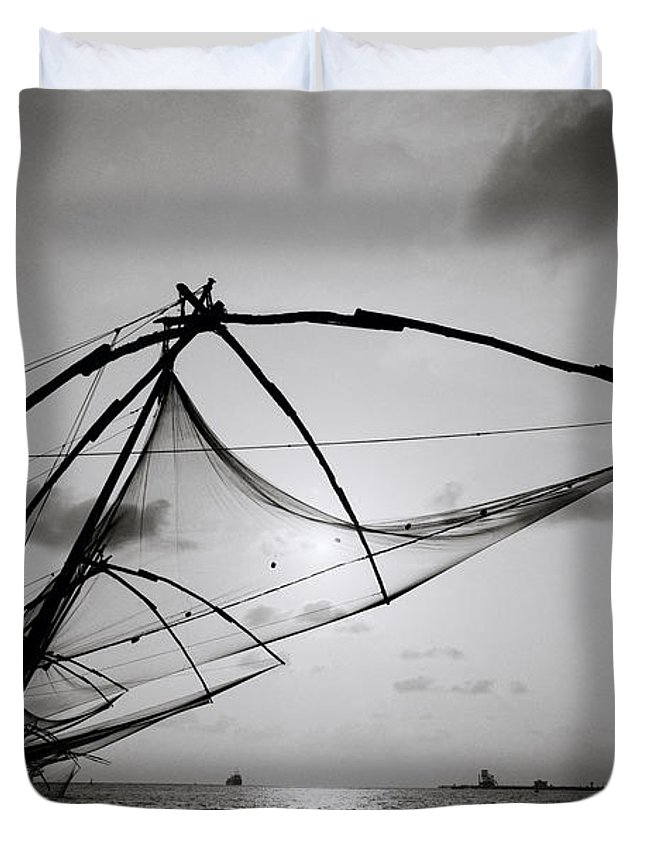 Seascape Duvet Cover featuring the photograph Dusk Over Cochin by Shaun Higson