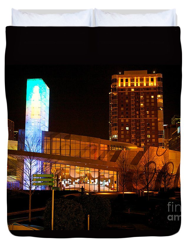 Coke Building Duvet Cover featuring the photograph Coke At Night by Erika Weber