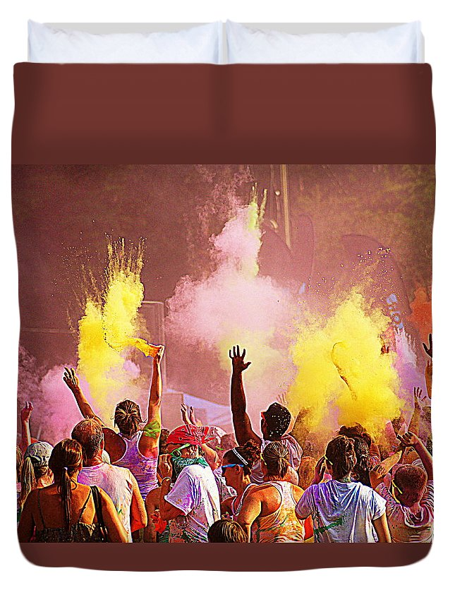 Color Run Duvet Cover featuring the photograph Color Run by Paul Wilford