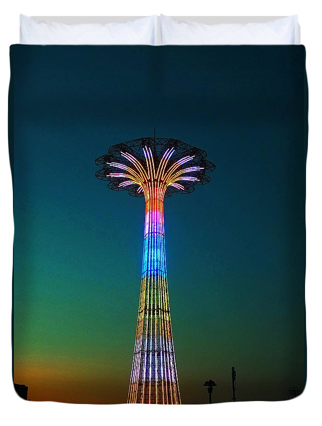 Coney Island Duvet Cover featuring the photograph Coney Island Amusement Park And Parachute Jump by Kendall Eutemey
