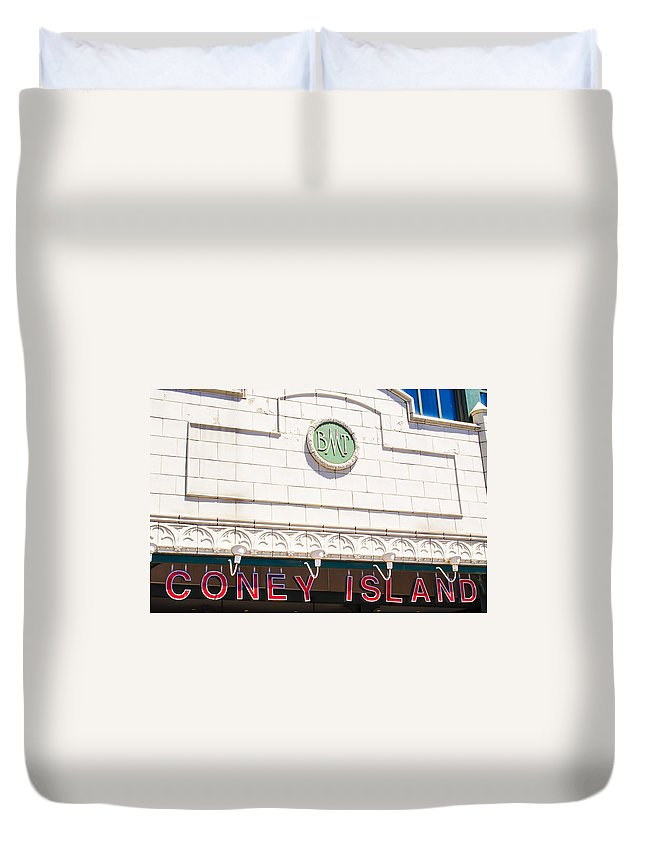 Coney Duvet Cover featuring the photograph Coney Island by Pablo Rosales