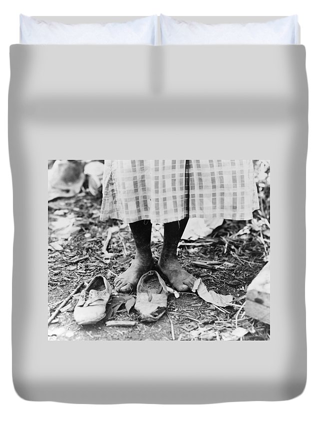 1937 Duvet Cover featuring the photograph Cotton Picker, 1937 by Granger