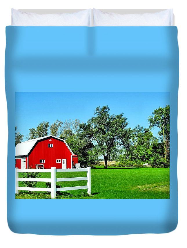 Country Living Duvet Cover featuring the photograph Country Living by Dan Sproul