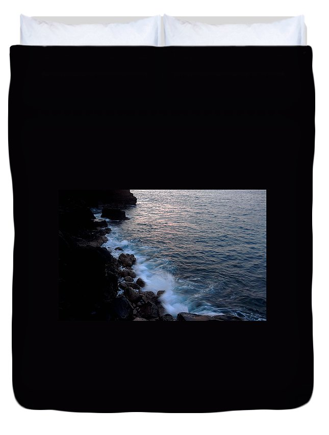 Water Duvet Cover featuring the photograph Crashing Waves by Pamela Walton