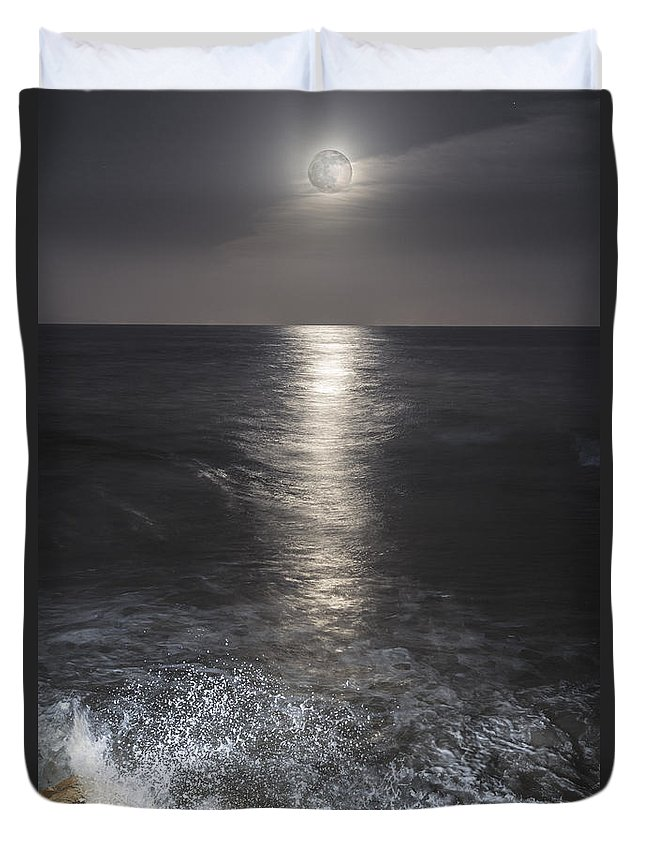 Moon Duvet Cover featuring the photograph Crashing With The Moon by Bryan Toro