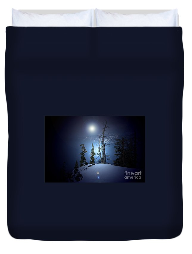 Duvet Cover featuring the photograph Crater Lake Midnight Oregon by Mike Nellums