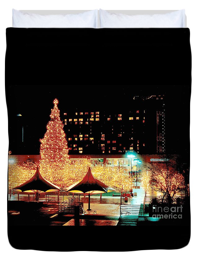 Gary Gingrich Duvet Cover featuring the photograph Crown Center Christmas - Kansas City-1 by Gary Gingrich Galleries
