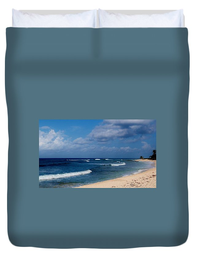 Color Duvet Cover featuring the photograph Curvature by Amar Sheow