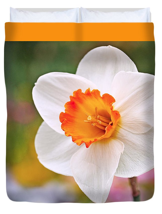 Daffodil Duvet Cover featuring the photograph Daffodil by Rona Black