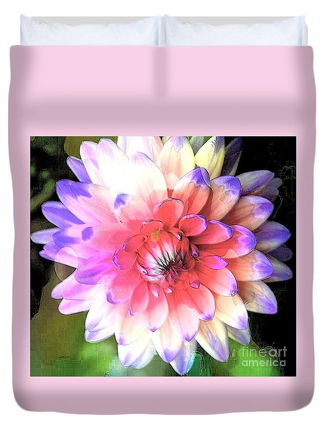 Dahlia Duvet Cover featuring the photograph Dahlia Effect by Kathleen Struckle